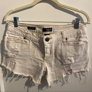 Distressed cutoffs